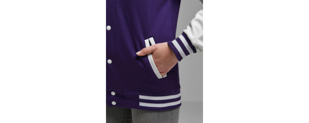 Detalle bolsillo chaqueta universitaria personalizadas - Chaquetas universitarias Pronens