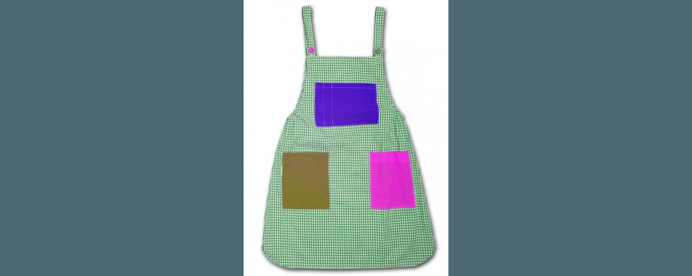 Pichi educadora guardería - uniformes guarderia barcelona 1