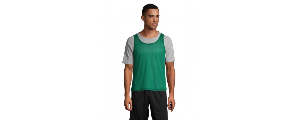 vert Fabricant textile de Dossard sport maille perforée personnalisés pour écoles et clubs sportifs en France - PRONENS
